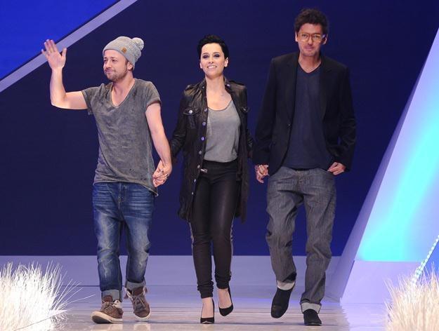 Czesław, Tatiana i Kuba wkraczają na scenę, czyli show czas zacząć - fot. Andras Szilagyi /MWMedia