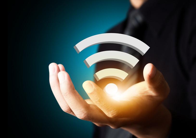 Często zapominamy o aktualizacji routerów Wi-Fi - to duży błąd /123RF/PICSEL
