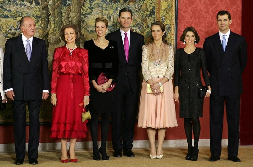 Członkowie hiszpańskiej rodziny królewskiej. Król Juan Carlos pierwszy z lewej /AFP