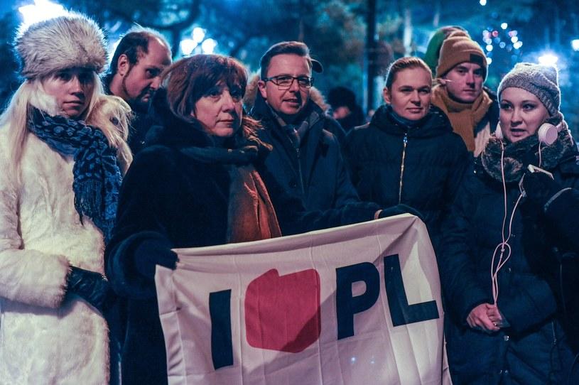 Członkowie stowarzyszenia Inicjatywa Polska przed Sejmem /Daniel Gnap /East News