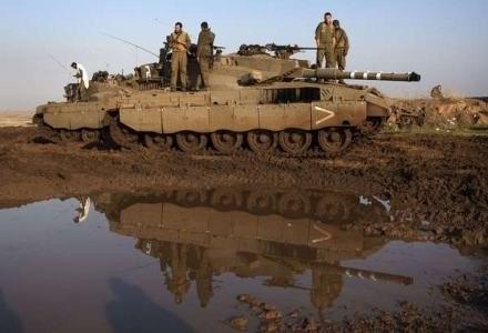 Czołg z własnym wzkaźnikiem energii - prawie jak w grach wideo /AFP