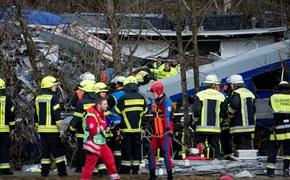 Czołowe zderzenie pociągów w Bawarii