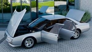 Czterodrzwiowe Ferrari na sprzedaż