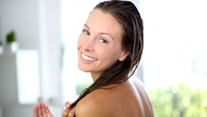 Cztery sposoby na suche włosy