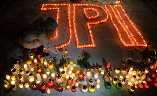 Czuwanie modlitewne na placu Piłsudskiego w Warszawie /Bartłomiej Zborowski /PAP
