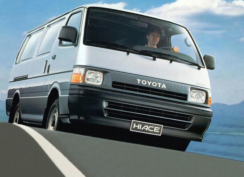 Czwarta generacja Toyoty HiAce /