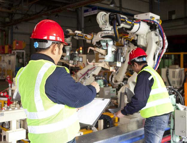 Czwarta rewolucja przemysłowa zmienia rynek pracy /123RF/PICSEL