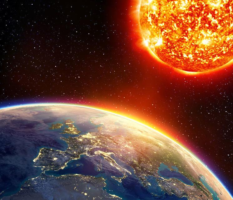 Czy aktywność słoneczna wywoła na Ziemi kolejną burzę magnetyczną? /©123RF/PICSEL