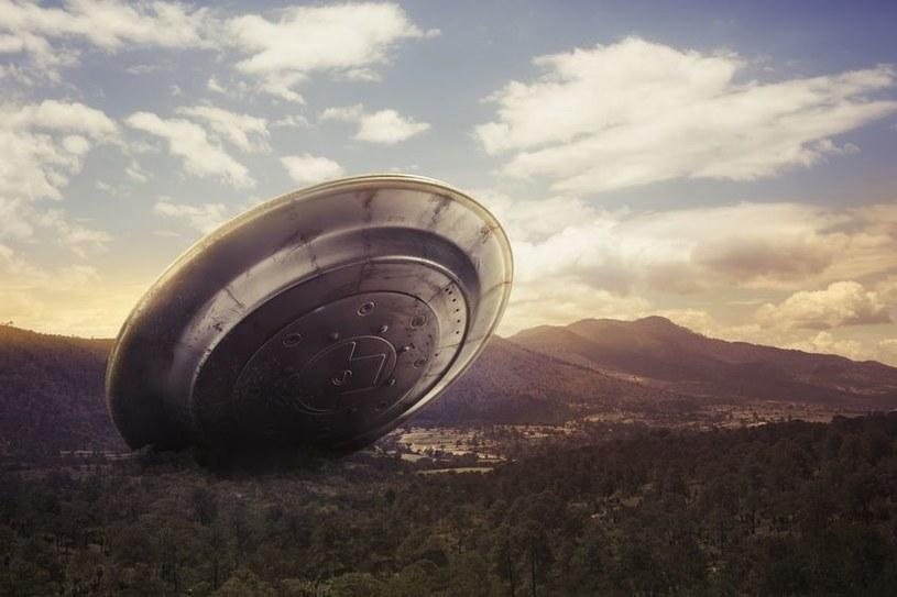 Czy brytyjski rząd ujawni prawdę o UFO? /123RF/PICSEL