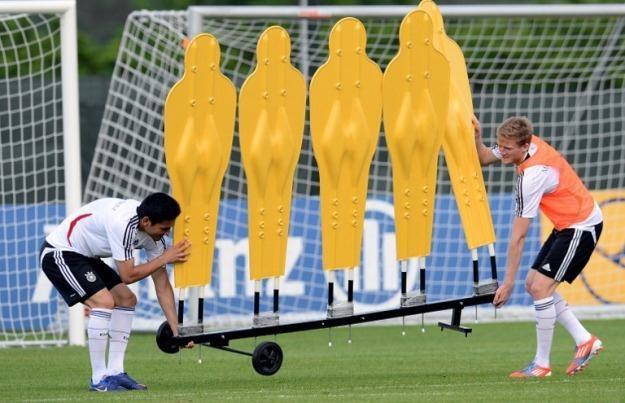 Czy doczekamy się transmisji meczów Euro 2012 w technologii 3D? Na pewno nie tych pierwszych /AFP