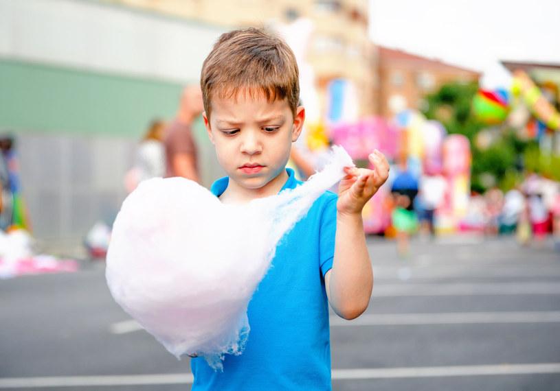 Czy dzieci mogą żyć bez słodyczy? /123RF/PICSEL