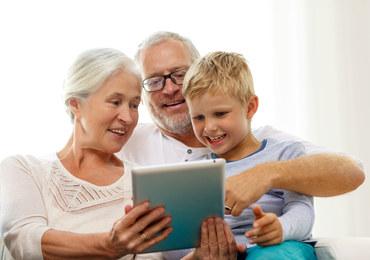 Czy dzieci powinny korzystać z tabletów?