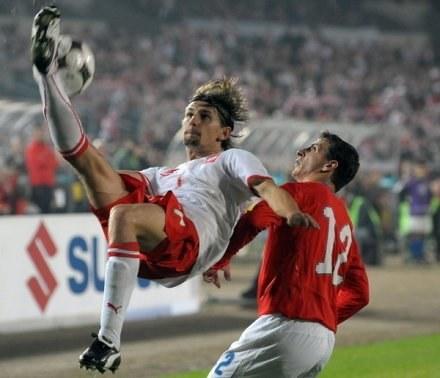 Czy Euzebiusz Smolarek przekona do siebie trenera HSV? /AFP