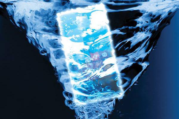 Czy Huawei zaskoczy wodoodpornym smartfonem z Windows Phone? /materiały prasowe
