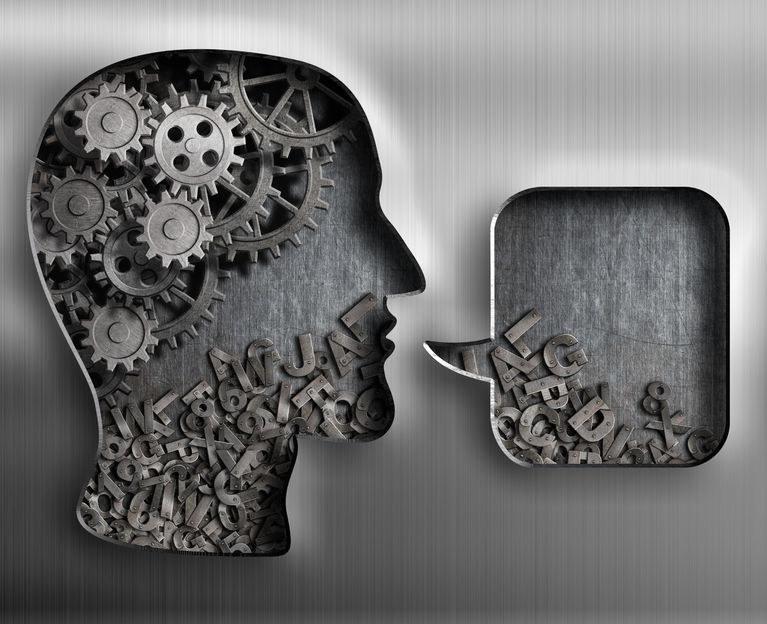 Czy kiedyś uda się stworzyć uniwersalnego tłumacza? /©123RF/PICSEL