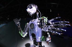 Czy ludzkość powinna obawiać się sztucznej inteligencji?