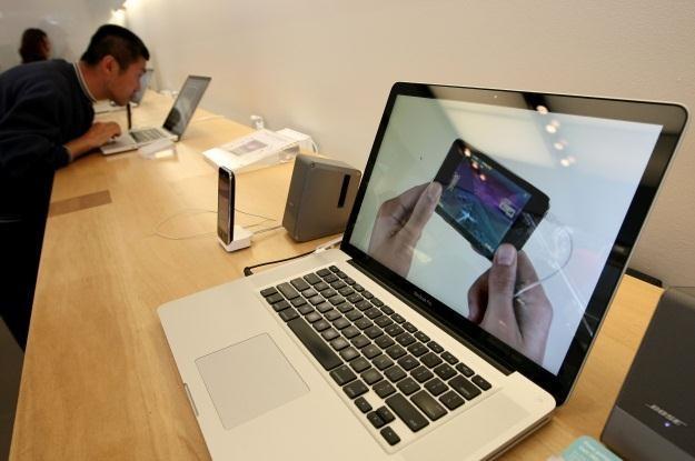 Czy MacBooki Pro następnej generacji zaskoczą nas wszystkich? /AFP