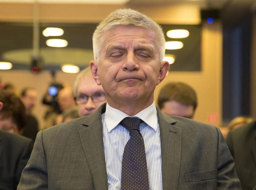 """""""Czy Marek Belka wiedział co podpisuje?"""" - pyta """"Fakt"""" /Krystian Maj /Agencja FORUM"""
