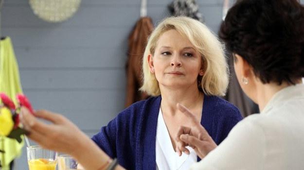 Czy Marta posłucha w końcu rady siostry i poprosi męża o spotkanie? /www.mjakmilosc.tvp.pl/