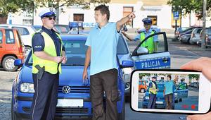 Czy można filmować policjanta? Czy grozi za to mandat?