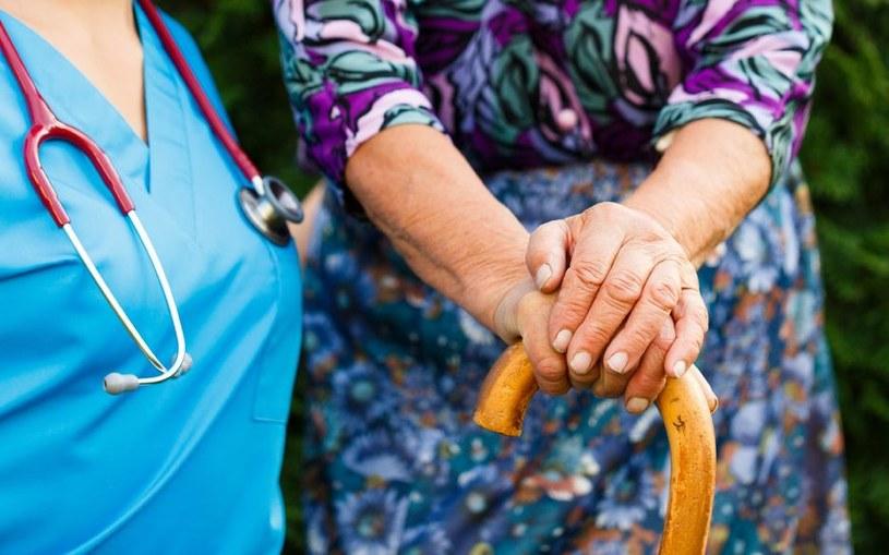 Czy niektóre pestycydy faktycznie wywołują chorobę Parkinsona? /123RF/PICSEL