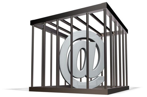 Czy nowe prawo obowiązujące w Rosji może doprowadzić do cenzury internetu? /©123RF/PICSEL
