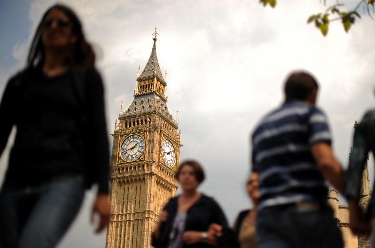 """Czy polscy imigranci rzeczywiście są """"zakałą"""" Wielkiej Brytanii? A może to nad wyraz krzywdząca opinia? /AFP"""