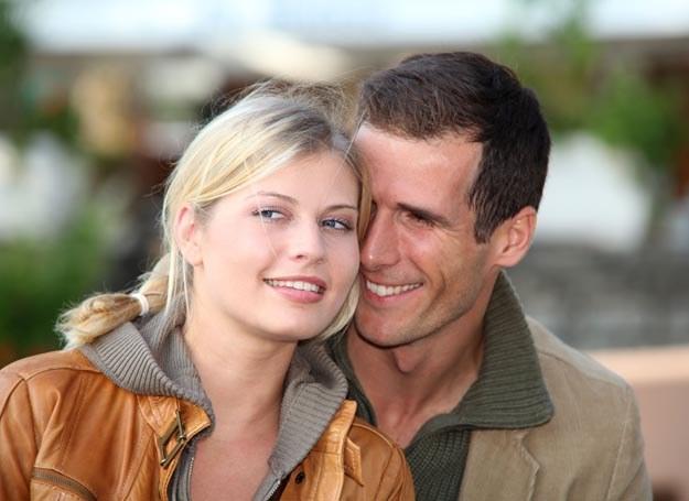 Czy randkowanie w USA bardzo różni się od sytuacji w Polsce? /123RF/PICSEL