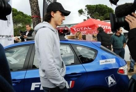 Czy Robert Kubica zasiądzie za kierownicą Renault? /AFP