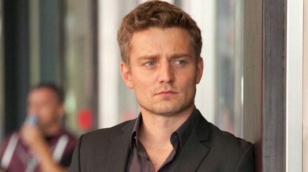 Czy Robert (Marcin Rogacewicz) ma coś wspólnego z zabójstwem detektywa? /  /Agencja W. Impact