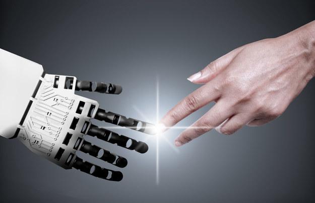 Czy roboty odbiorą nam pracę? /123RF/PICSEL