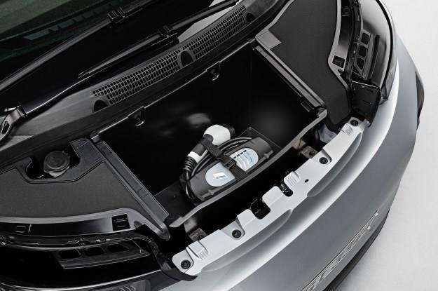 Czy samochody elektryczne mają sens? Baterie trzeba wyprodukować i zutylizować /