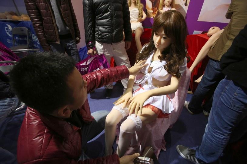 Czy seks-lalki mogą służyć do czegoś więcej niż zaspokojenie potrzeb seksualnych? /East News