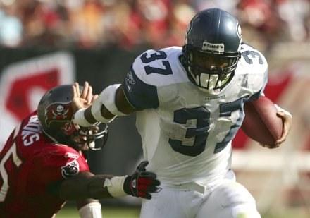 Czy Shaun Alexander poprowadzi Seahawks do zwycięstwa nad Cowboys? /AFP