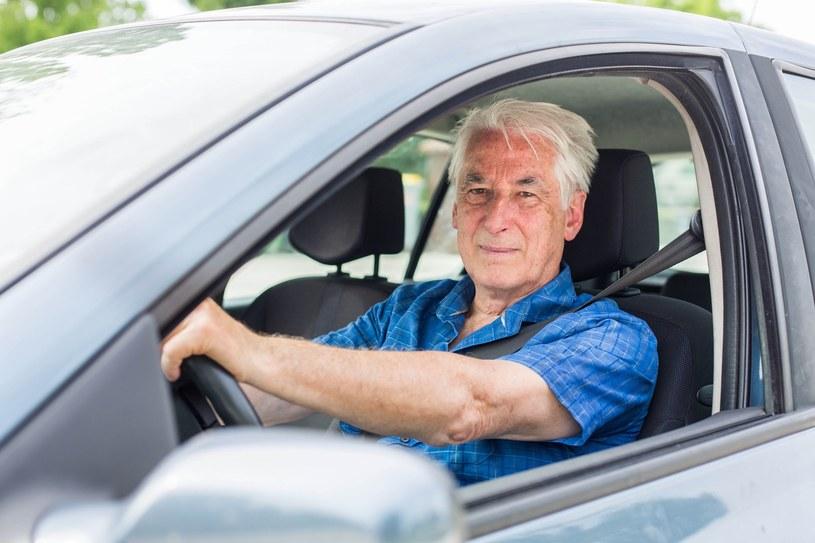 Czy starsi kierowcy powinni być cyklicznie badani? /Phanie /East News