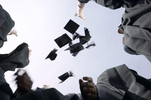 Czy studia wliczają się do stażu pracy? /© Bauer
