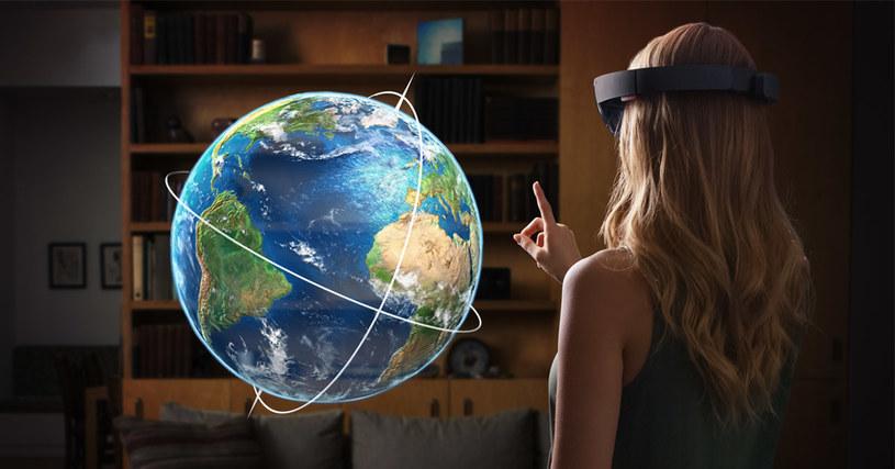 Czy technologia VR kiedyś będzie standardem? Tu Microsoft HoloLens /materiały prasowe