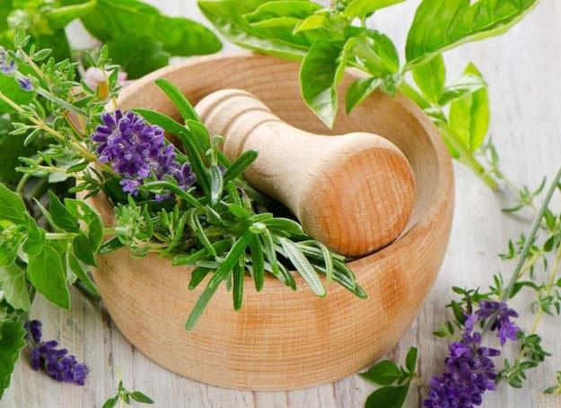 Czy wiesz, że w kuchni znajdziesz wiele naturalnych leków? /©123RF/PICSEL