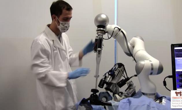 Czy wkrótce roboty zastąpią chirurgów? /materiały prasowe