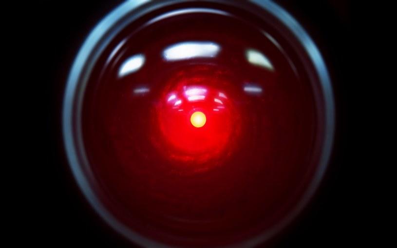 Czy wkrótce sztuczna inteligencja zacznie nam zagrażać? /materiały prasowe