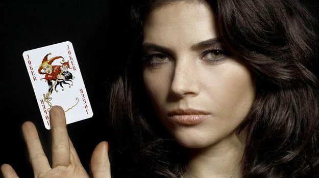 Czy zgodnie z tytułem serialu, Weronice Rosati dopisze w Hollywood szczęście? /   /materiały prasowe
