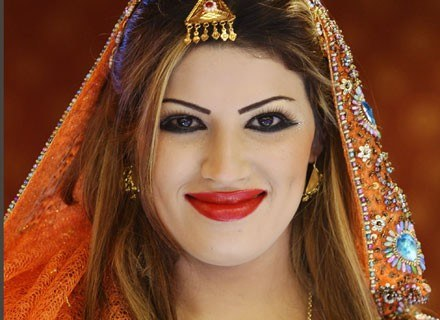 """""""Czyste"""" kosmetyki powstały specjalnie dla muzułmanek /Getty Images/Flash Press Media"""