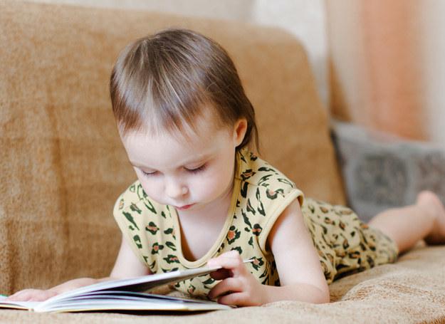 """""""Czytam sobie"""" to coś więcej niż seria wydawnicza! /123RF/PICSEL"""