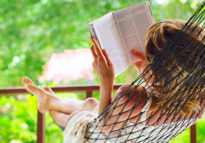 Czytanie jest jedną z najważniejszych i najmniej uznanych praktyk wellness /123RF/PICSEL