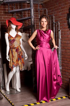 Daga zaprojektowała i uszyła suknię w ciągu jednej nocy /    /ATM