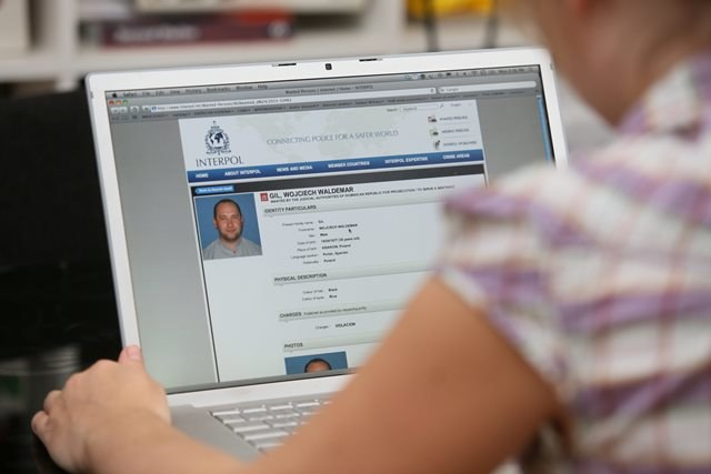 Dane polskiego księdza Wojciecha Gila podejrzewanego przez władze Dominikany o pedofilię zostały zamieszczone przez Interpol w bazie osób poszukiwanych /Leszek Szymański /PAP