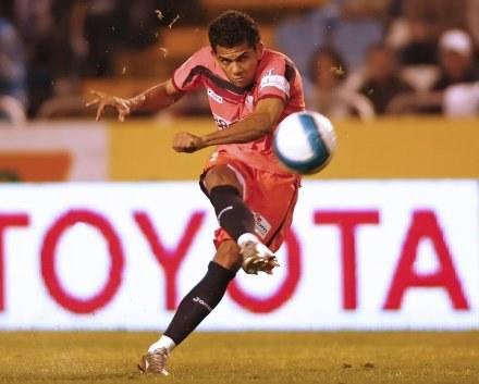 Dani Alves ma intratne oferty z Realu i Chelsea /AFP