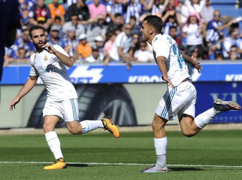 Dani Ceballos (z prawej) strzelił dwa gole na Estadio Mendizorroza /AFP
