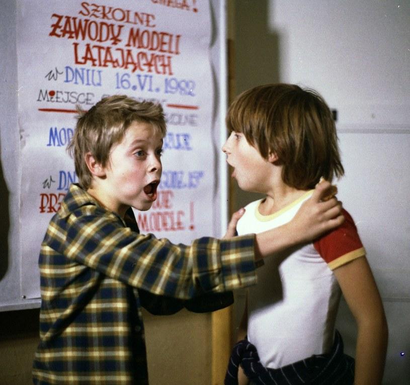 """Daniel Kozakiewicz (po lewej) w filmie """"Dzień kolibra"""" (1983 r.) /Polfilm /East News"""