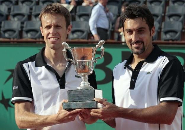 Daniel Nestor (z lewej) i Nenad Zimonjić /AFP